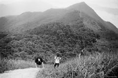 Catching the Breath (Alan P. in Hong Kong) Tags: life city blackandwhite bw monochrome hongkong hike trail analogue ilfordxp2 filmphotography zenit122