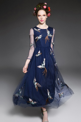 2016 new stylish embroidery bird sleeves even in spring and summer