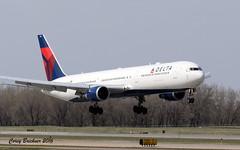 Delta 767 (coreybrickner) Tags: msp delta landing boeing airlines kmsp 767400