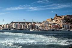 Puerto y ciudad de Ibiza -- port and city of Ibiza (ibzsierra) Tags: city sea mer azul port canon puerto mar mare ciudad ibiza cielo eivissa baleares 7s 24105isusm