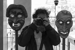 Teatro (Egg2704) Tags: bw byn blanco teatro y retrato negro retratos autorretrato mscara mscaras