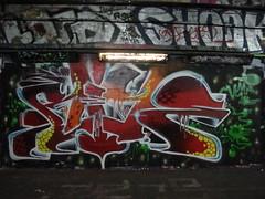 2Rise graffiti, Leake Street (duncan) Tags: graffiti leakestreet 2rise