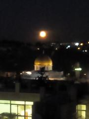 Fullmoon Just up ALAQSA <3 at Al Aqsa Mosque /   /   (kangoulya) Tags: fullmoon alaqsa