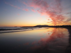 (Mimosawa) Tags: atardecer mar paz colores nubes rosas calma horizonte naranjas ambiente azules serenidad