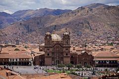 Plaza de Armas del Cusco (oeyvind) Tags: peru cuzco cusco perú per iglesiadelacompañíadejesús plazadearmasdelcusco xf50140mm