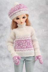 Commission work ~ (Maram Banu) Tags: snowflakes outfit doll handmade chloe bjd fairyland msd minifee fairystyle marambanu