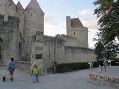 2010 09 08 Francia - Linguadoca Rossiglione - Carcassonne - Porte Narbonnaise_0788 (Kapo Konga) Tags: mura francia carcassonne ferie languedocroussillon 2star citta cittamedievale