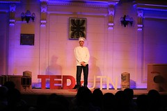 "TEDxUTN • <a style=""font-size:0.8em;"" href=""http://www.flickr.com/photos/65379869@N05/24246440646/"" target=""_blank"">View on Flickr</a>"