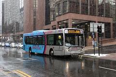 67703 SN60EAE First Glasgow (busmanscotland) Tags: airport glasgow ad first shuttle service 300 alexander dennis enviro eae 67703 sn60 sn60eae
