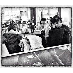 the #readers #waiting #transit #t4 #madrid... (anxopineiro) Tags: madrid waiting transit t4 philipglass readers uploaded:by=flickstagram instagram:photo=1323328562130418313883131