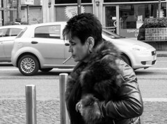 Queen (@iloveDannyBoy) Tags: street winter portrait woman milan photography strada cigarette milano smoke smoking fotografia inverno