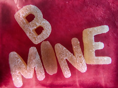 Hunk A Hunk Of Burning Love (hbmike2000) Tags: red food macro apple paper word typography saturated letters valentines alphabet macaroni valentinesday iphone bemine flickrfriday x14 hbmike2000 olloclip iphone6splus