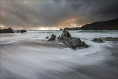 Gueirúa III (Jose Cantorna) Tags: costa mar agua nikon asturias playa cielo nubes seda d610 gueirúa