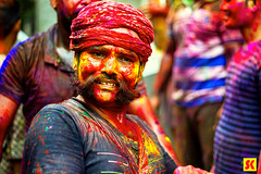 "Holi Dancer • <a style=""font-size:0.8em;"" href=""http://www.flickr.com/photos/86056586@N00/25933661212/"" target=""_blank"">View on Flickr</a>"