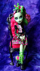 Gloom and Bloom (Pyrefly Projects) Tags: monster high doll venus zombie gothic creepy bloom shake gloom projects pyrefly zombieshake mcflytrap kizrianah gloomandbloom