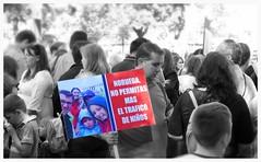 Protest / Plaa de Catalunya / Barcelona (rob4xs) Tags: barcelona bw norway norge spain protest nios noruega catalunya demonstratie spanje zw noorwegen plaadecatalunya cataloni