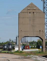Since lost (GLC 392) Tags: railroad lake tower mi train bay state michigan railway southern era coal pm pere marquette sbs lsrc emd sd402 1177 5921 sagianw gp403m