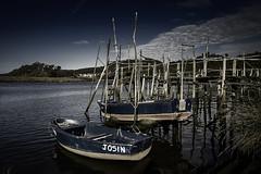 La Chalana Josn (titodixebra) Tags: puerto barca asturias cudillero muros pravia asturies chalana cuideiru naln puertu