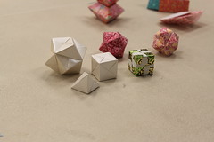Origami at the New Haven branch during National Library Week 2016 (ACPL) Tags: origami newhaven 2016 fortwaynein acpl nationallibraryweek nlw allencountypubliclibrary nwh