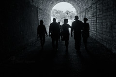 Hacia la luz (kanzer16) Tags: light blackandwhite blancoynegro luz sony tunnel tunel carlzeiss sonya7r ilce7r carlzeisssonnartfe55mmf18za sonnar5518za