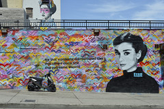 (Daniel_Nguyen95) Tags: street bike wall painting hearts los angeles audrey colourful hepburn