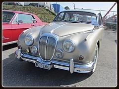 Daimler 2.5 V8 (v8dub) Tags: auto old 2 classic car schweiz switzerland automobile suisse 5 8 automotive voiture v oldtimer british fribourg oldcar freiburg collector daimler wagen pkw klassik worldcars