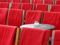 (Px4u by Team Cu29) Tags: mnchen cafe decke tisch kaffeetrinken stuhl treffen sthle hofgarten odeonsplatz tische ausgehen erholen bestuhlung rasten tambosi wrmen