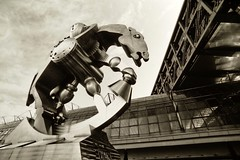 Rolling Horse_Adox CMS II_Scala-Prozess_HDRScan (milanicon_) Tags: horse berlin film analog 1 im pentax steel slide dia tokina hauptbahnhof ii p z 20 35 pferd cms mainstation stahl weitwinkel 17mm superwide adox rcm hdrscan scalprozess