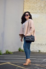 Pink Cardi (GirlWithCurves) Tags: curves curlyhair plussize plussizefashion curvygirl fashionblogger nudeheels girlwithcurves taneshaawasthi