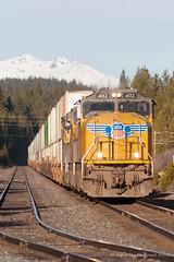_MG_2805.jpg (Reed Skyllingstad) Tags: railroad oregon train unitedstatesofamerica tracks railway unionpacific diamondpeak crescentlake intermodal 4012 sd70m es44ac