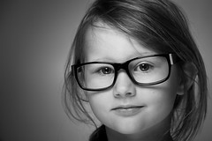 Emma with daddies glasses (mad_airbrush) Tags: portrait bw girl face canon studio eos glasses daughter 5d brille mdchen strobe tochter 135mm jinbei beautydish strobistcom strobist ef135mmf20 5dmkii jinbeidm2400