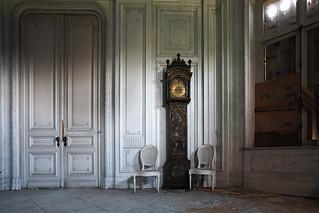 Chateau Dans La Foret - SOLD!  [Explored]