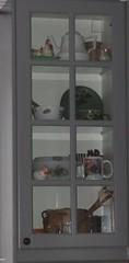 ** Vitrine ** (Impatience_1(problème d'ordi)) Tags: vitrine displaycabinet vaisselle dishes décoration decoration trésor m impatience treasure souvenir collection supershot coth décorationdelou