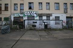 Herzbergstrae 126 (Pascal Volk) Tags: streetart berlin abandoned graffiti wideangle wa ww 16mm streetview verlassen superwideangle sww uwa weitwinkel swa berlinlichtenberg ultrawideangle uww ultraweitwinkel superweitwinkel canonef1635mmf4lisusm canoneos6d herzbergstrase