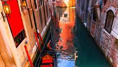 Alley - Venezia - Italy (Lior. L) Tags: travel venice italy reflection water buildings canal europe italia gondola venezia