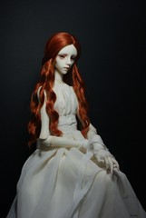 The lady in white (karasu35) Tags: christina bjd dollchateau