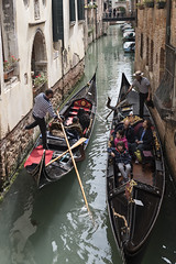 Pair of Gondoliers (Ranyan23) Tags: venice italy tourism water canal transport gondola gondolier