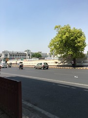 IMG_4669 (idsucks) Tags: india place delhi connaught