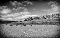 Alnmouth Mono (Fields of View) Tags: beach river mono town sand alnmouth