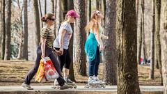 _MG_1450 (koliru) Tags: street girls color canon garden colorfull 6d ef70200mm f40l