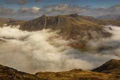 Temperature Inversion over Langdale (sunstormphotography.com) Tags: mountains landscape lakedistrict cumbria inversion thelakes langdale lakedistrictnationalpark langdalevalley langdalepikes pikeoblisco temperatureinversion polarisingfilter canon24105l harrisonsstickle pikeostickle ndgradfilter paveysark canon5dmark3 cumbriafloodappeal