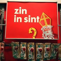 Zin in Sint? #hema #sint #sinterklaas #hengelo (Marcel van Gunst) Tags: sinterklaas sint hema hengelo uploaded:by=flickstagram instagram:venuename=hema instagram:photo=113337417546581355055328948 instagram:venue=36804484