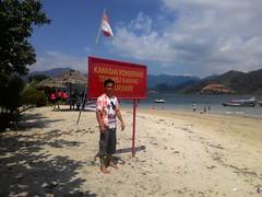 12606927_666705373432917_319162878_n (Straw Hat Pirates) Tags: bali beach indonesia laut pulau pantai berlibur kapal minang sumaterabarat mandeh tarusan painan