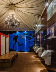 20151229-FD-flickr-0003.jpg (esbol) Tags: bathroom shower ceramics sink bad toilet toilette bathtub badewanne urinals pissoir keramik dusche waschbecken kloschssel kloset