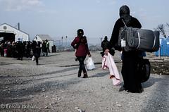 Refugees at the camp in Idomeni (Eniola Itohan) Tags: camp refugees border greece sia idomeni balkanroute