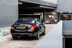 Maybach. (Gal cho photography) Tags: world street red black color love canon photography 50mm mercedes benz israel photo amazing cool earth garage s65 best exotic gal photograph mercedesbenz rare cho maybach s600 650d chobotaro