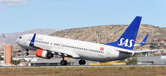 LEAL Boeing 737-800 SAS LN-RRG (Manuel Maas) Tags: alicante leal