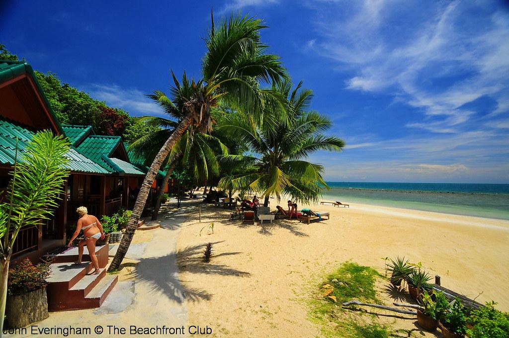 Thailand_Koh_Phangan_Haad_Yao_Beach_Sandy_Bay_Bungalows_1785_1