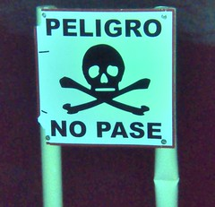 sign of the times (stephenweir) Tags: sign underwater gardenofeden peligro cenote ponderosa dangersign playdelcarmen nopase skillandcrossbones freshwatercave diversstayout selfiestop
