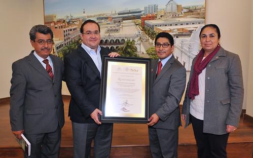 El gobernador, Javier Duarte de Ochoa, recibe reconocimiento por parte del Inali